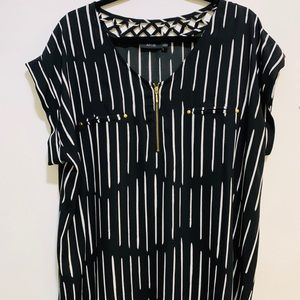 Apt 9 striped sheet Blouse 1X zipper criss cross